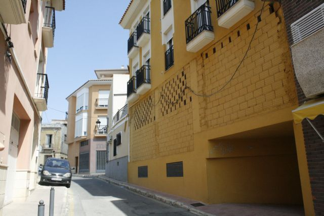 Se acometerán obras para la eliminación del cable visto en fachadas de las calles Santa Bárbara y Cuartelillo, Foto 1