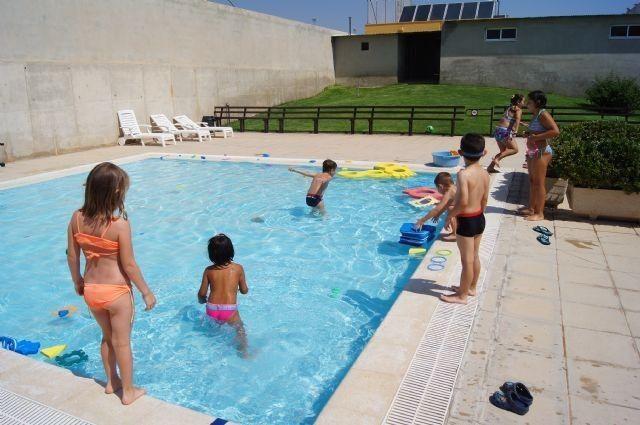 Las piscinas del Polideportivo Municipal 6 de diciembre abren sus puertas mañana viernes 9 de junio, Foto 3