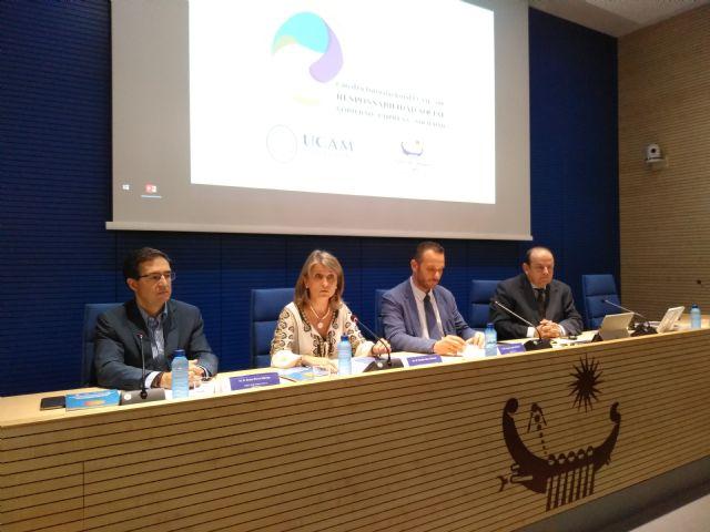 La UCAM y el Puerto de Cartagena editan una guía de buenas prácticas en la incorporación de clausulas sociales en la contratación pública - 2, Foto 2