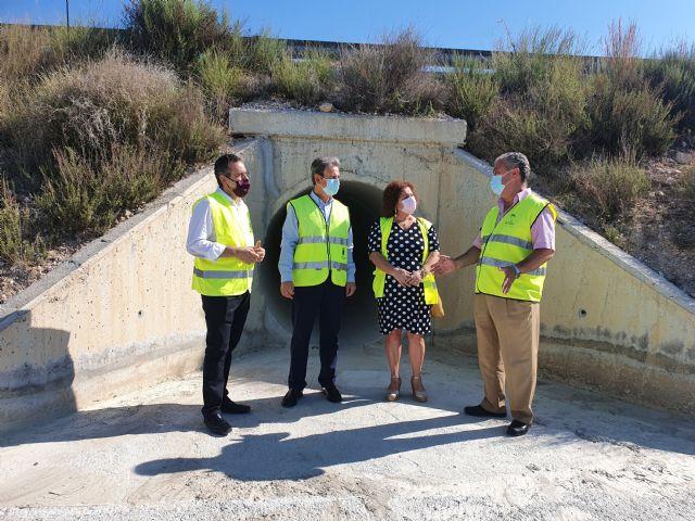Mejoran el drenaje de la carretera que discurre entre Baños de Fortuna y Venta Collares - 1, Foto 1