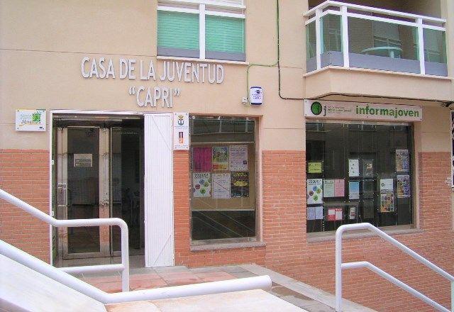 La Casa de la Juventud Capri habilita una oficina de ayuda para la Autocita de la vacuna contra el COVID - 1, Foto 1
