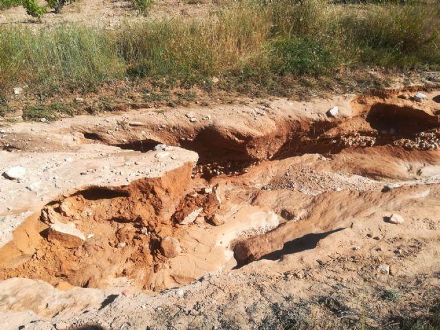 Las lluvias del pasado sábado dañaron más de un centenar de kilómetros de caminos rurales del término municipal - 5, Foto 5