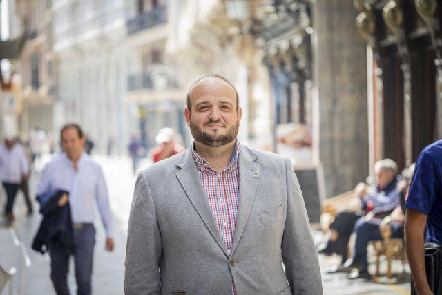 Manuel Torres: La falta de vigilancia del Ayuntamiento en la conservación de los edificios ponen en riesgo el patrimonio del municipio y la seguridad de los vecinos - 1, Foto 1