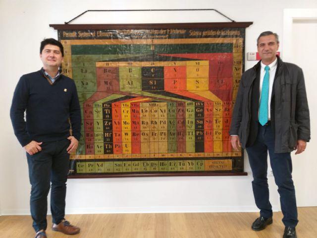 La Universidad de Murcia restaura una tabla periódica de von Antropoff de hace casi un siglo - 1, Foto 1
