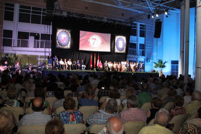 Puerto Lumbreras conmemora el 60 aniversario de su Independencia con la entrega de honores y distinciones - 1, Foto 1