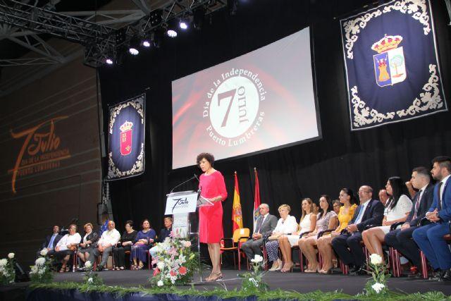 Puerto Lumbreras conmemora el 60 aniversario de su Independencia con la entrega de honores y distinciones - 3, Foto 3