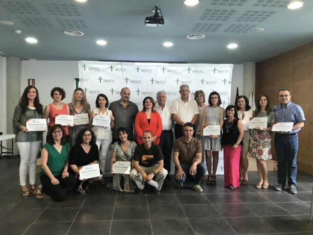 Un total de 16 centros y cerca de 2.000 alumnos participan en cursos de hábitos saludables y gestión emocional contra el cáncer, Foto 1