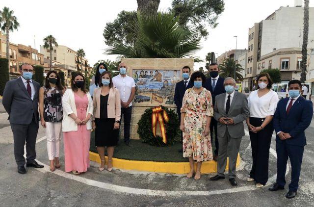 Puerto Lumbreras inaugura el primer mural en reconocimiento a la lucha de toda la sociedad contra el COVID-19 - 3, Foto 3