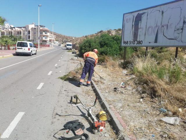 Servicios incrementa las labores de limpieza, acondicionamiento y mejora de la zona costera, Foto 3