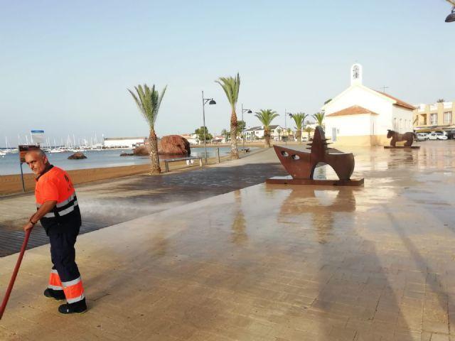 Servicios incrementa las labores de limpieza, acondicionamiento y mejora de la zona costera, Foto 5
