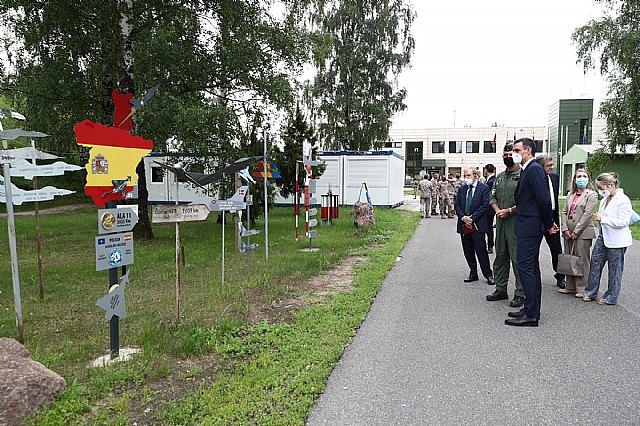 Sánchez subraya en Lituania el compromiso de España con la defensa común y con la seguridad e integridad territorial de los aliados - 2, Foto 2
