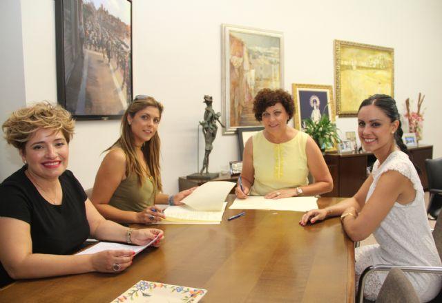 El Ayuntamiento y AMEL firman un convenio para fomentar el comercio local y el empleo en Puerto Lumbreras - 1, Foto 1