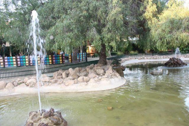 Apelan a la concienciación ciudadana en el uso responsable del agua y el consumo moderado durante el verano tras unos meses tan calurosos y secos, Foto 1