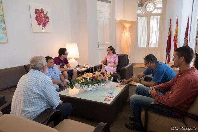 La alcaldesa recibe al ajedrecista Aaron Alonso en el Palacio Consistorial - 1, Foto 1