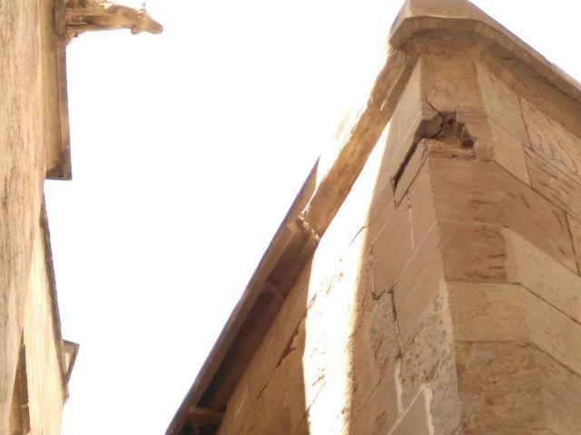 Huermur denuncia el desprendimiento de cascotes de una fachada de la Catedral de Murcia - 4, Foto 4