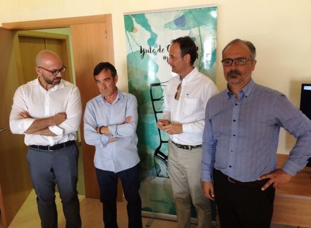 El nuevo presidente de Calzia y representantes de la asociación de empresarios del calzado se reunieron con el alcalde de Caravaca y el consejero de Empleo - 1, Foto 1