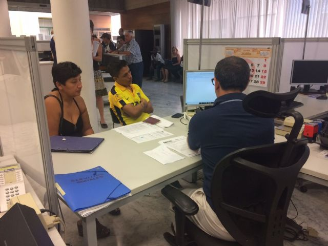 The City Council implements, with success and gradually, the Electronic Administration - 1