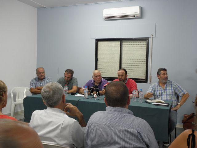 Masiva asistencia a la asamblea informativa celebrada en Totana por el agua, Foto 1