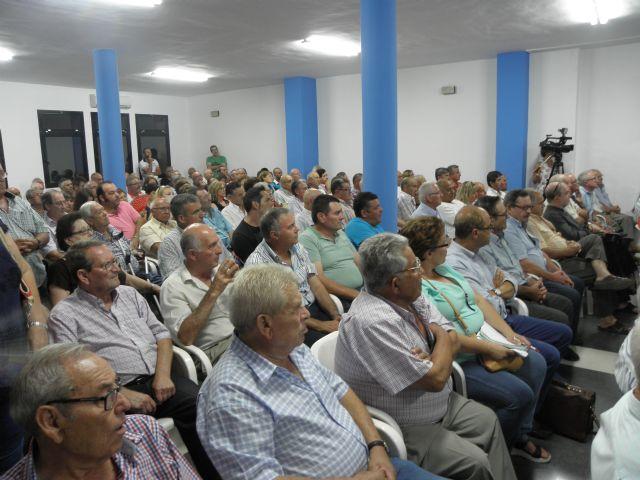 Masiva asistencia a la asamblea informativa celebrada en Totana por el agua, Foto 3