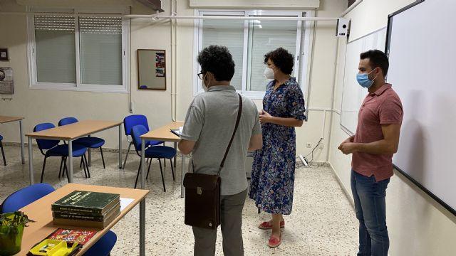 Técnicos de la Consejería de Educación visitan el antiguo colegio Sagrado Corazón para albergar los Ciclos Formativos del IES Rambla de Nogalte - 2, Foto 2