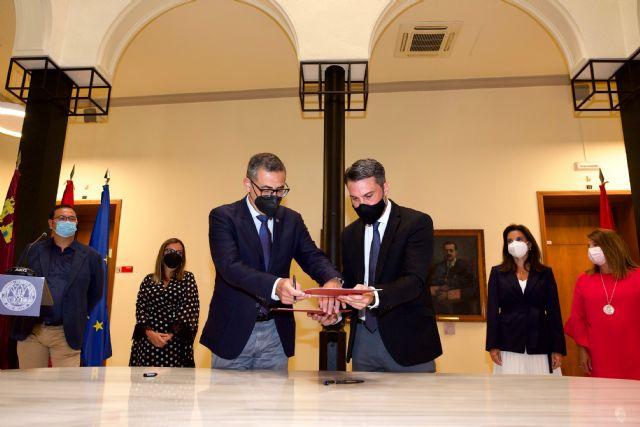 La Universidad de Murcia y la empresa pública SAES se unen para potenciar la investigación en ciberseguridad - 1, Foto 1