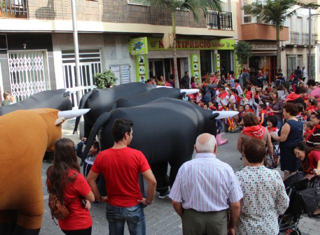 Centenares de pequeños lumbrerenses participan en el Encierro Infantil - 2, Foto 2