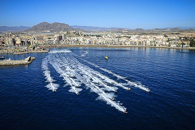Las motos de agua se exhiben en la Bahía de Mazarrón, Foto 4