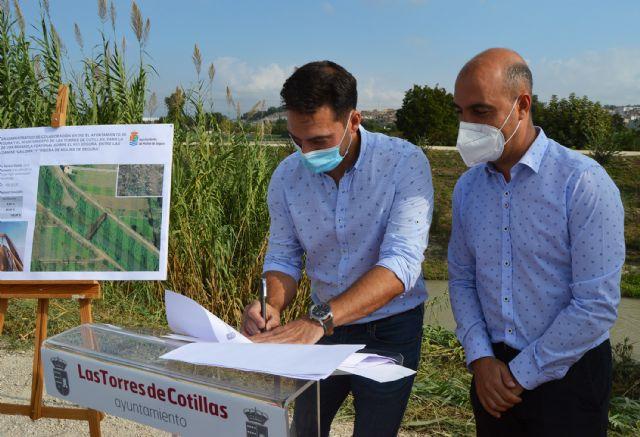 Las Torres de Cotillas y Molina de Segura firman el convenio para construir la pasarela peatonal que unirá La Loma con La Ribera - 1, Foto 1
