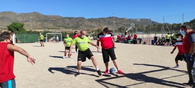 Alegría en el torneo de fútbol sala adaptado ´Apandis´ de los Juegos Deportivos del Guadalentín, Foto 1