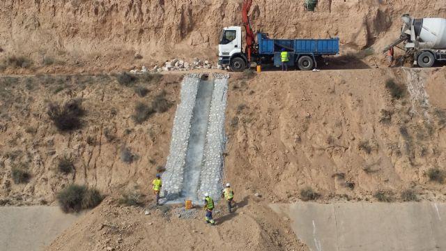 La CHS finaliza las obras de emergencia contra avenidas en la presa del Paretón de Totana, Foto 1