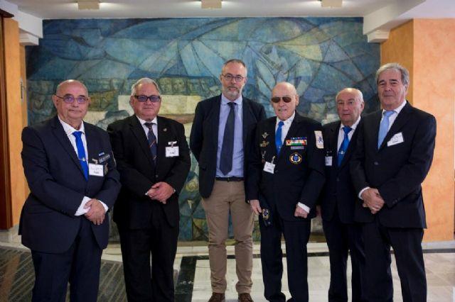 La Asamblea apoya que la Región sea el escenario para la celebración del Día de las Fuerzas Armadas el próximo año, Foto 2
