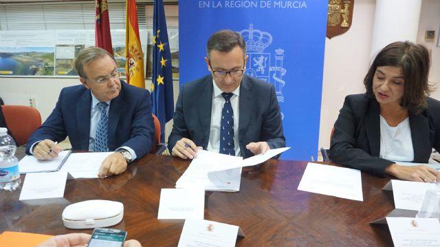 Diego Conesa manifiesta la voluntad inequívoca del Gobierno de España de cumplir con los plazos y objetivos del proyecto de regeneración de la Bahía de Portmán - 1, Foto 1