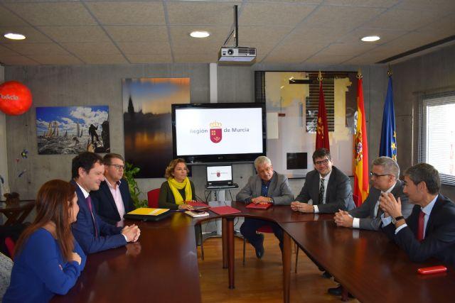 Más de 700 alumnos de cuarto de la ESO asistirán a talleres sobre cultura financiera, Foto 2
