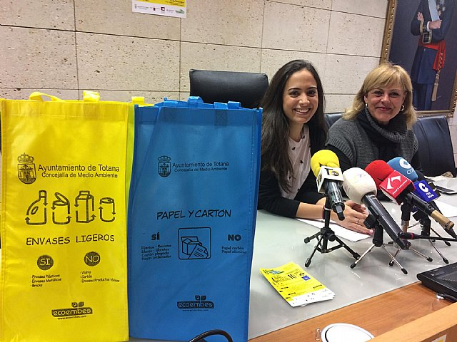 The public awareness campaign to promote recycling through the separation at source of light packaging and paper-cardboard is presented, with the collaboration of Ecoembes, Foto 2
