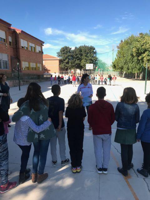 Bancos de la amistad en el colegio Fontes - 5, Foto 5