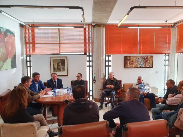El consejero de Agua mantiene un encuentro con representantes de la Comunidad de Regantes de Ceutí - 1, Foto 1