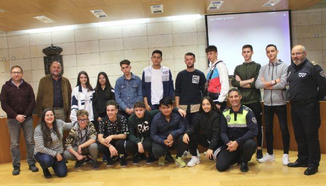 La Policía Local, con la colaboración transversal de varias concejalías, ponen en marcha el proyecto