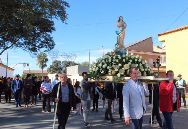 Los vecinos de La Estación-Esparragal homenajean a su patrona con la ofrenda floral - 2, Foto 2