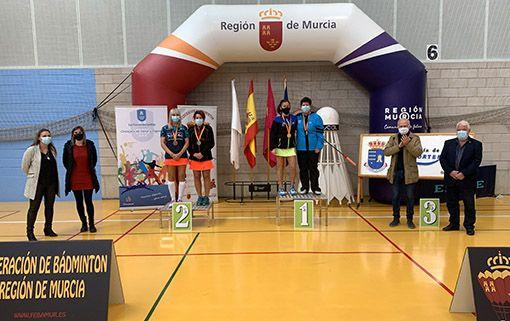 Tres oros, dos platas y dos bronces para el Bádminton Las Torres en el campeonato nacional senior - 1, Foto 1