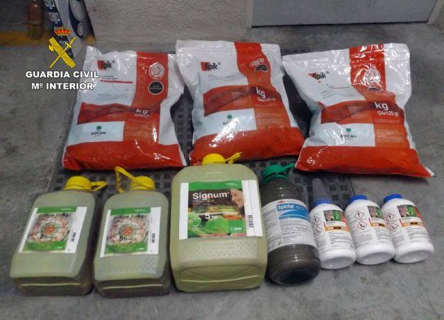 La Guardia Civil destapa una trama delictiva dedicada a la sustracción de productos fitosanitarios, Foto 2