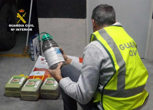 La Guardia Civil destapa una trama delictiva dedicada a la sustracción de productos fitosanitarios, Foto 4