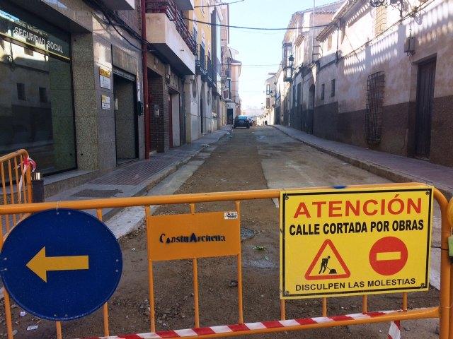 Se abrirá al tráfico la calle Cánovas del Castillo a partir de la semana del 22 de enero, en cuanto finalicen las obras de asfaltado, Foto 1