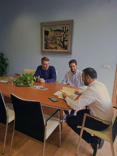 FEREMUR trabaja conjuntamente con el Ayuntamiento de Murcia en la apertura de las bibliotecas los fines de semana durante los exámenes - 1, Foto 1
