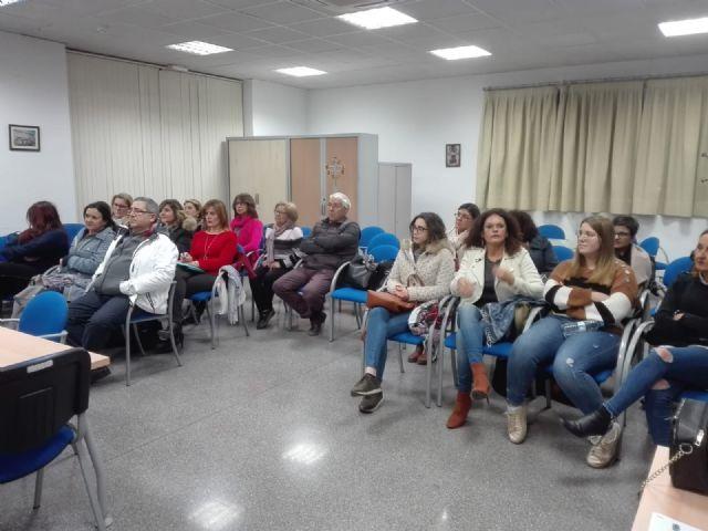 El Ayuntamiento de Molina de Segura lleva a cabo un Curso de Escaparatismo para comerciantes del municipio - 2, Foto 2