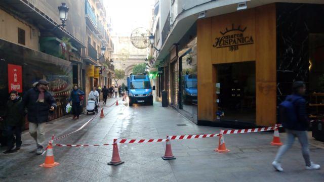 El dispositivo especial de limpieza del Ayuntamiento continúa trabajando hasta el 20 de enero - 1, Foto 1