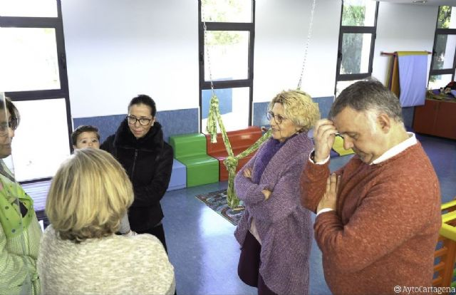 La alcaldesa se muestra satisfecha con las mejoras de las escuelas infantiles de Pozo Estrecho y La Palma - 1, Foto 1