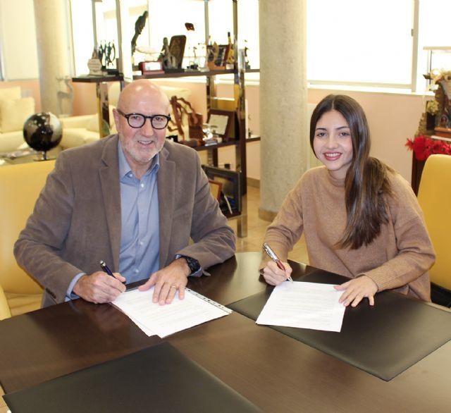 Postres Reina renueva el contrato de patrocinio deportivo con Pedro Vera y Nuria Vivancos - 3, Foto 3