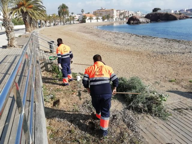Las playas de Puerto de Mazarrón objeto de las primeras mejoras en el nuevo año, Foto 1