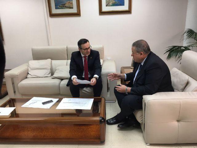 El alcalde traslada al Delegado del Gobierno las necesidades de Alhama en el proyecto de ampliación de la A7, Foto 2