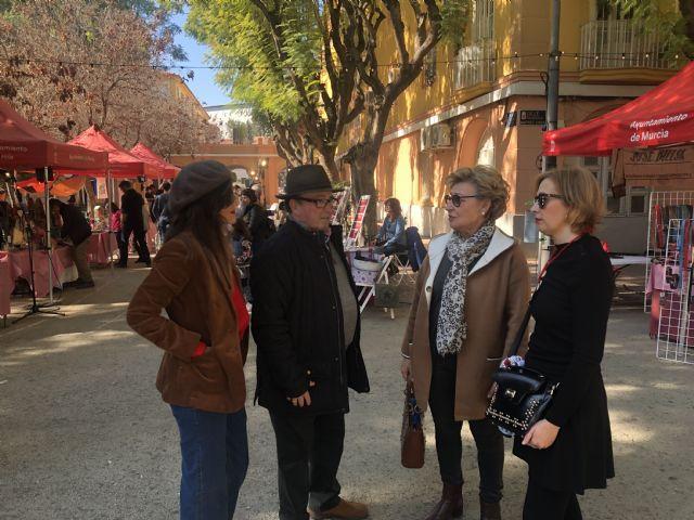 Decenas de personas visitan Vistabella para disfrutar del mercado creativo 'La Placica de los Patos' - 1, Foto 1